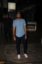 Riteish Deshmukh Spotted At A Restaurant In Bandra on 6th April 2018 (4)_5ac9a77e9c8fb.jpeg
