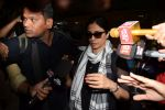 Tabu Return From Jodhpur Spotted At Airport on 6th April 2018 (19)_5ac9922a754bf.JPG