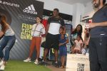 Kieron Pollard and Saiyami Kher at the Launch of AlphaBounce Beyond in Highstreet Phoenix in lower parel, Mumbai on 9th April 2018 (16)_5acc595fdac75.JPG