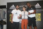 Rohit Sharma, Kieron Pollard and Saiyami Kher at the Launch of AlphaBounce Beyond in Highstreet Phoenix in lower parel, Mumbai on 9th April 2018 (19)_5acc599119a4f.JPG