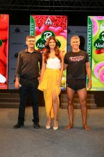 Shilpa Shetty, Milind Soman At Launch Of B Natural New Range Of Juices on 9th April 2018 (19)_5acc5d1ad2eda.jpg