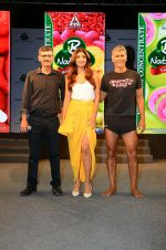 Shilpa Shetty, Milind Soman At Launch Of B Natural New Range Of Juices on 9th April 2018 (20)_5acc5d3d4c7c6.jpg