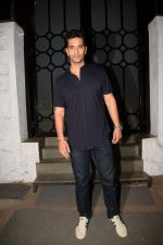 Angad Bedi at Gourav Kapoor Birthday Party in Corner House on 12th April 2018 (69)_5ad04b57cdd4b.JPG