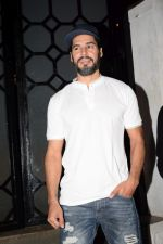 Dino Morea at Gourav Kapoor Birthday Party in Corner House on 12th April 2018 (7)_5ad04bb2594fb.JPG