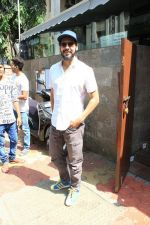 Dino Morea spotted at Indigo in bandra on 12th April 2018 (5)_5ad054427a48f.JPG