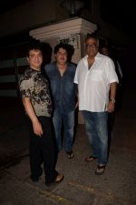 Sajid Nadiadwala, Sajid Khan & Boney Kapoor Spotted At Ekta Kapoor_s House on 13th April 2018 (4)_5ad1b6e1580ba.JPG