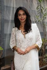 Mallika sherawat Spotted at Indigo andheri on 17th April 2018 (3)_5adf2cc614eaa.JPG