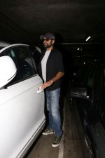 Abhay Deol spotted At Airport on 17th April 2018 (23)_5adf2d3ea2519.JPG