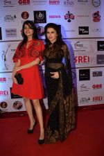Bhagyashree at Beti Fashion show at jw marriott Juhu mumbai on 18th April 2018 (20)_5adf38773eea0.JPG