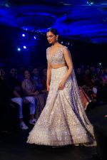 Deepika Padukone walk the ramp at Manish Malhotra_s Mijwan show in mumbai on 19th April 2018  (35)_5ae043840b112.JPG