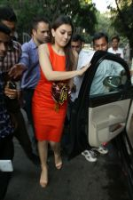 Hansika Motwani spotted at Bandra on 22nd April 2018 (5)_5ae0744cb21c1.JPG
