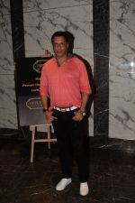 Madhur Bhandarkar at Poonam dhillon birthday party in juhu on 18th April 2018 (1)_5ae00f3b69295.JPG