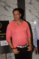 Madhur Bhandarkar at Poonam dhillon birthday party in juhu on 18th April 2018 (2)_5ae00f3d8a7e3.JPG