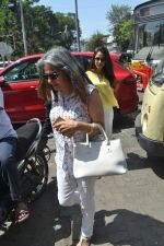 Mira Rajput spotted at bandra on 20th April 2018 (10)_5ae0483376a6e.JPG