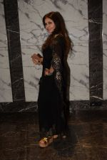 Nisha Jamwal at Poonam dhillon birthday party in juhu on 18th April 2018 (5)_5ae00f58350ef.JPG