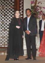 Nita Ambani at Dinner hosted in honour of Dr Thomas Boch the president of international Olympic Committee by Ambani_s at Antilia in mumbai on 19th April 2018 (4)_5ae02e821771b.jpg