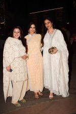 Tabu attend a wedding reception at The Club andheri in mumbai on 22nd April 2018 (7)_5ae075c4f0dd6.jpg
