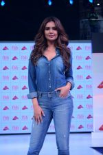 Esha Gupta at infinity mall malad for fbb on 28th April 2018 (4)_5ae55f44e18af.JPG