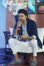 Rajeev Khandelwal at the press conference For Its Upcoming Chat Show Juzzbaatt on 27th April 2018 (23)_5ae55537e2627.JPG