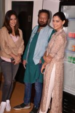 Neetu Chandra, Shekhar Kapur, Saiyami Kher at the Screening Of Film Omerta on 30th April 2018 (6)_5ae8161613fae.JPG