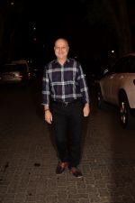 Anupam Kher spotted at Anil Kapoor_s house in juhu, mumbai on 5th May 2018 (43)_5af05e2615dc2.JPG