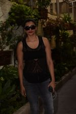 Daisy Shah spotted at sunny sound studio in juhu, mumbai on 5th May 2018 (1)_5af05f4ecfa39.JPG