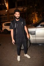 Kunal Rawal spotted at Anil Kapoor_s house in juhu, mumbai on 5th May 2018 (30)_5af05f0771a18.JPG