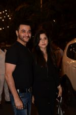 Sanjay Kapoor spotted at Anil Kapoor_s house in juhu, mumbai on 5th May 2018 (60)_5af05ee08c6ac.JPG