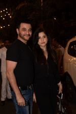 Sanjay Kapoor spotted at Anil Kapoor_s house in juhu, mumbai on 5th May 2018 (61)_5af05ee21a07c.JPG