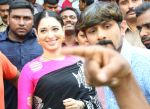 Tamannaah at the launch of B New Mobile Store in Proddatu on 5th May 2018 (53)_5af06a9c5dab4.jpg