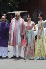 Janhvi Kapoor, Khushi Kapoor, Boney Kapoor at Sonam Kapoor Anand Ahuja_s wedding in rockdale bandra on 8th May 2018 (25)_5af18bb686f3b.JPG