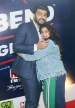 Arjun Kapoor, Malishka RJ at Red FM event in mumbai on 9th May 2018 (10)_5af44afc0f1fe.JPG