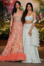 Janhvi Kapoor, Khushi Kapoor at Sonam Kapoor and Anand Ahuja_s Wedding Reception on 8th May 2018 (237)_5af43d08e9a97.JPG