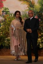 Juhi Chawla at Sonam Kapoor and Anand Ahuja_s Wedding Reception on 8th May 2018 (165)_5af43d61a268e.JPG
