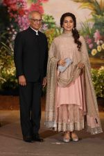 Juhi Chawla at Sonam Kapoor and Anand Ahuja_s Wedding Reception on 8th May 2018 (170)_5af43d6ae1001.JPG
