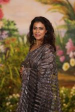 Kajol at Sonam Kapoor and Anand Ahuja_s Wedding Reception on 8th May 2018 (236)_5af43d704ce6c.JPG