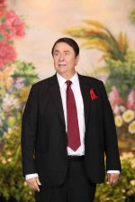 Randhir Kapoor at Sonam Kapoor and Anand Ahuja_s Wedding Reception on 8th May 2018 (190)_5af4425cdd4db.JPG