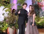 Shah Rukh Khan, Gauri Khan at Sonam Kapoor and Anand Ahuja_s Wedding Reception on 8th May 2018 (110)_5af442afe1452.jpg