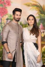Shahid Kapoor, Mira Rajput at Sonam Kapoor and Anand Ahuja_s Wedding Reception on 8th May 2018 (191)_5af442e34e808.JPG
