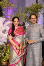 Uddhav Thackeray, Rashmi Thackeray at Sonam Kapoor and Anand Ahuja_s Wedding Reception on 8th May 2018 (31)_5af4437b3e036.JPG