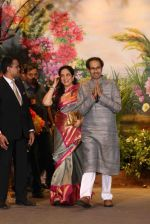 Uddhav Thackeray, Rashmi Thackeray at Sonam Kapoor and Anand Ahuja_s Wedding Reception on 8th May 2018 (32)_5af4437cdea20.JPG