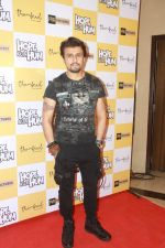 Sonu Nigam at the Screening of film Hope aur Hum at pvr icon in andheri , mumbai on 10th MAy 2018 (22)_5af5397503708.JPG