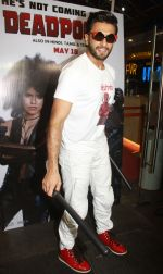 Ranveer Singh hosts a special screening of hollywood film deadpool 2 for his family & friends in pvr lower parel on 14th May 2018 (1)_5afa83676ba77.jpg
