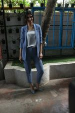 Diana Penty spotted at Bandra, Mumbai on 16th May 2018 (21)_5afea6731ed11.JPG