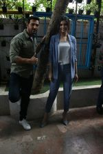 John Abraham, Diana Penty spotted at Bandra, Mumbai on 16th May 2018 (32)_5afea6aaf375a.JPG