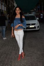 Pooja Chopra spotted at pvr juhu in mumbai on 17th May 2018 (2)_5afeb8c0152e8.JPG