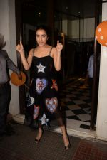 Shraddha Kapoor at Wrapup party of film Stree at Bastian in bandra on 16th May 2018 (42)_5afeab6606ca8.JPG