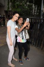 Shraddha Kapoor spotted at a dubbing studio in juhu on 17th May 2018 (8)_5afecf37b5acd.JPG