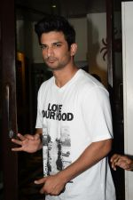 Sushant Singh Rajput at Wrapup party of film Stree at Bastian in bandra on 16th May 2018 (82)_5afeacc137a02.JPG