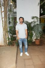 John Abraham spotted at John_s office in bandra on 19th May 2018 (3)_5b029f45d25f3.JPG